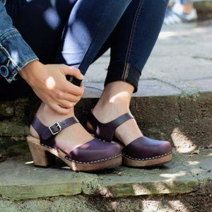 Lotta from Stockholm low wood Aubergine clogs 38